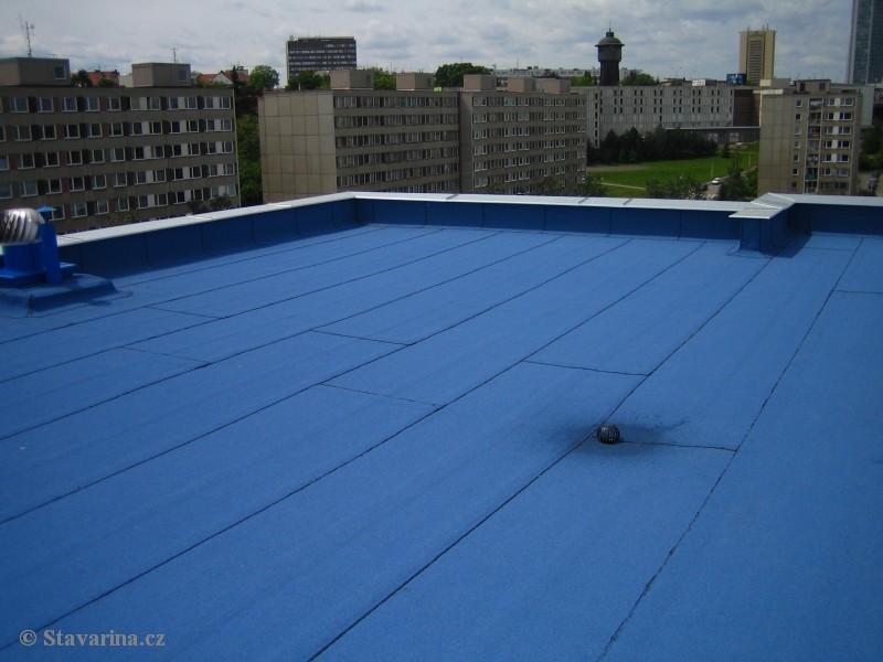 Jaký materiál na plochou střechu